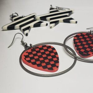 💌⭐Striped and Checkered Earrings (two pairs)